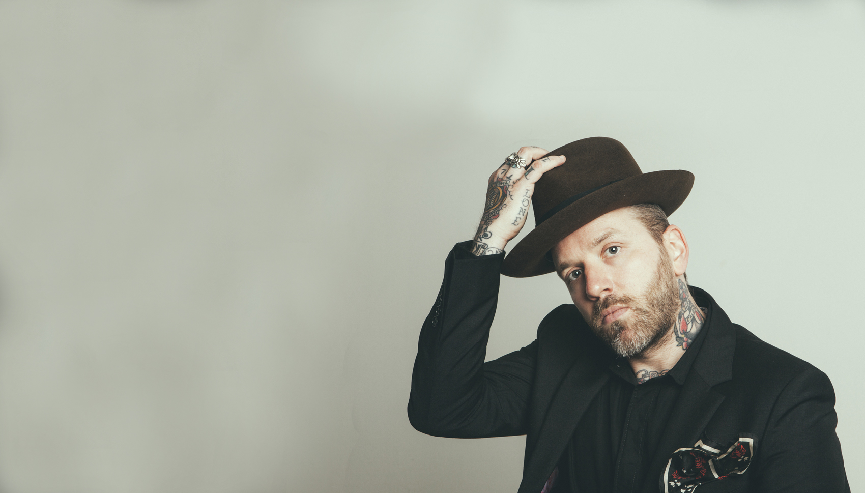 CITY AND COLOUR (solo)
